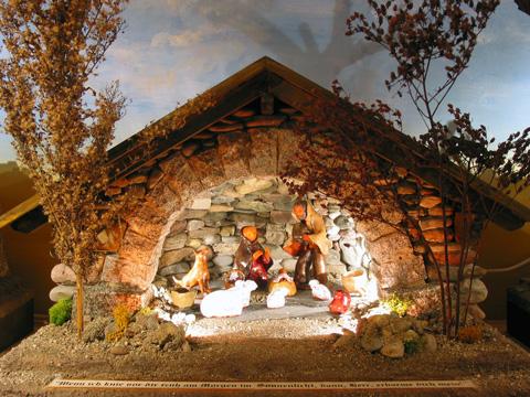The Message Of The Child Nativity Scenes Nativity